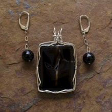 Sardonyx & Onyx Wire Wrap Set  {No. 19}