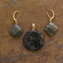 Kambaba Jasper & Seaweed Stone Set {No. 27}